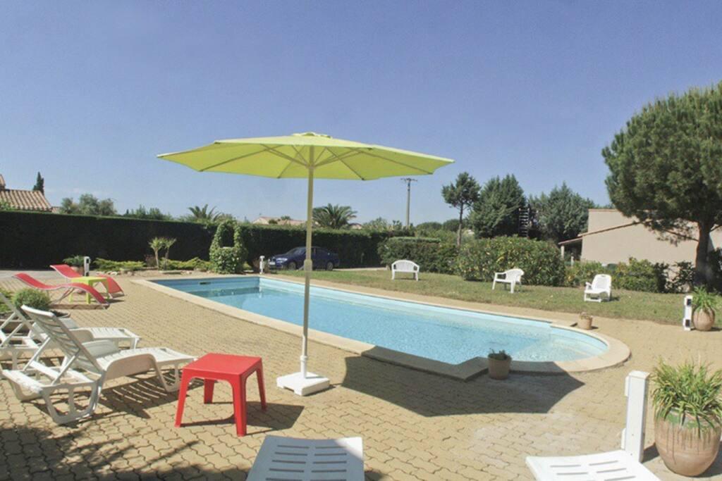 Proche cap d 39 agde piscine auselchauff e clim mer8k for Cap d agde jardin