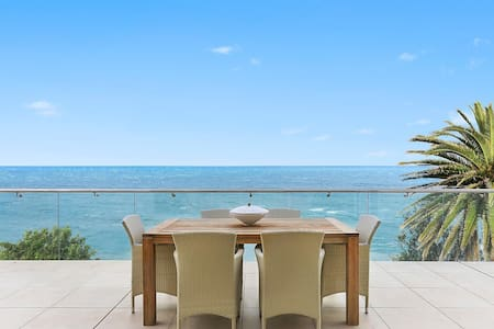 Uninterrupted absolute oceanfront - Avalon Beach - Talo