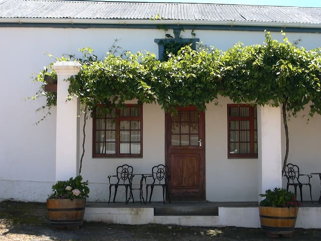 SCALI Wine COTTAGE-Self catering - Paarl - Chatka w górach