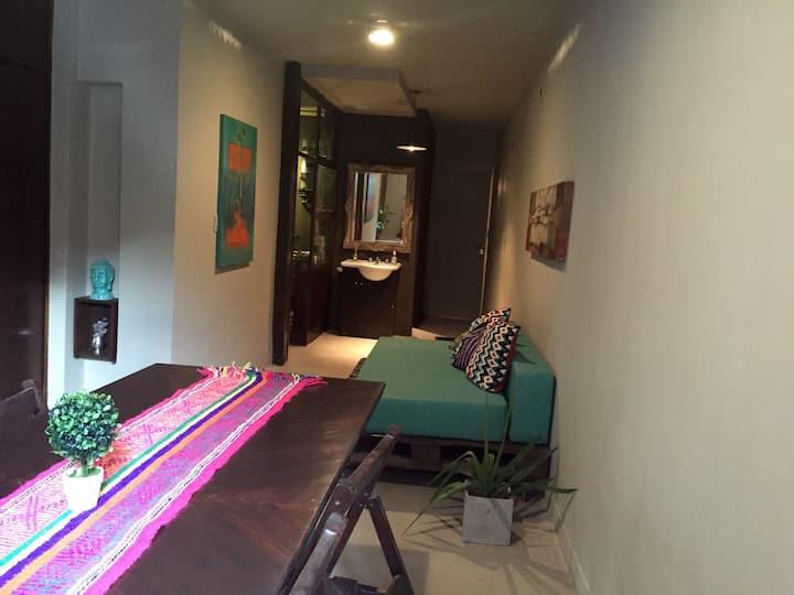 Dpto. calle Avellaneda. Un dormitorio amoblado.