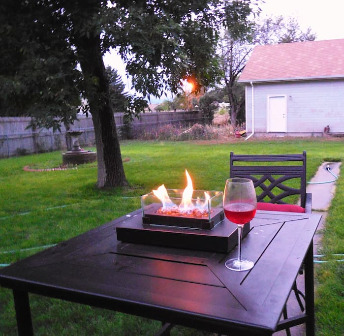 Back yard tabletop fire pit for a romantic dinner under the stars