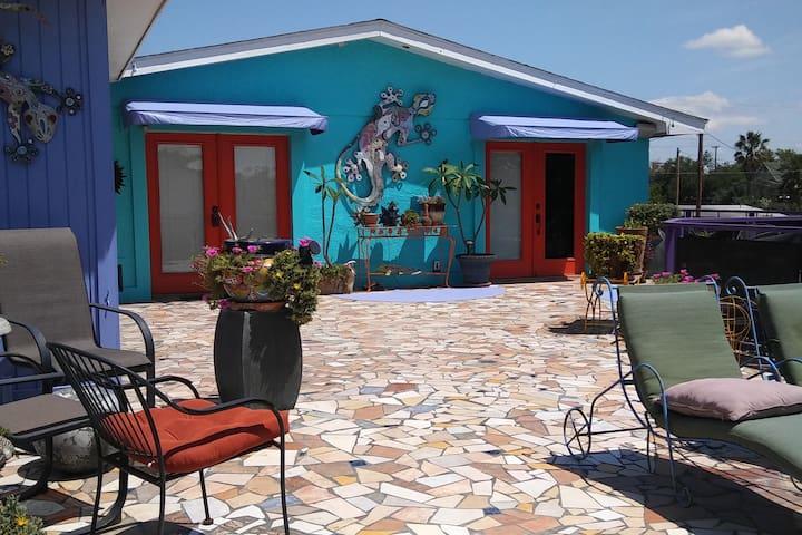 Casa Lozano Guesthouse and gardens - Laredo - Domek gościnny