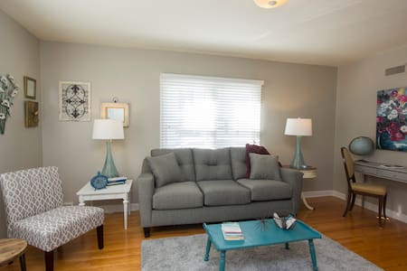 Shabby Chic 1BR Apt In Convenient Sioux Falls Area - Lägenhet