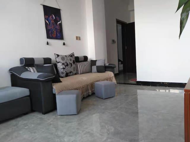 腾冲叠水河馨语居一居室