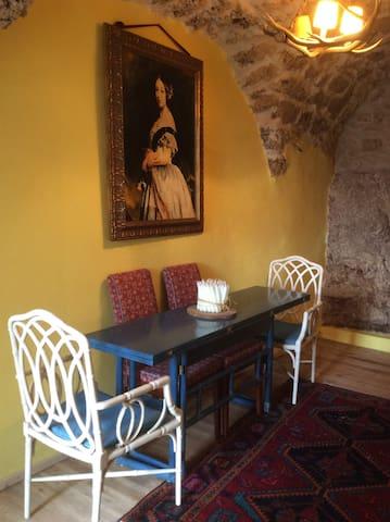 Casa in stile tipico di montagna. - Montenero Val Cocchiara - House