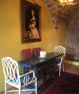Casa in stile tipico di montagna. - Montenero Val Cocchiara