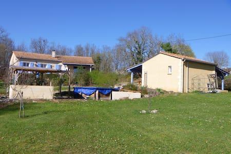 Maison à loué - Lamothe-Fénelon
