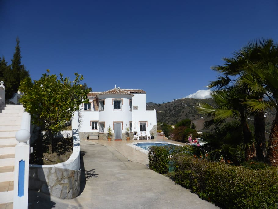 Private Villa For 14 Persons Villas For Rent In Torrox Andaluc 237 A Spain
