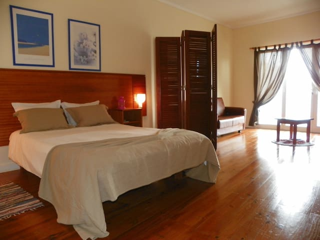 A Casa do Lado - Superior Room - Horta - Bed & Breakfast