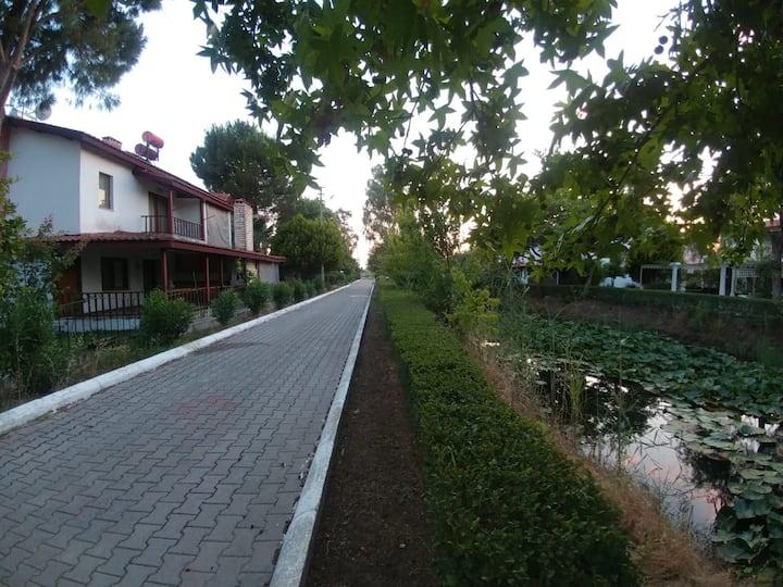 Villa Eve. Fethiye de Yeşillikler içinde Tatil evi