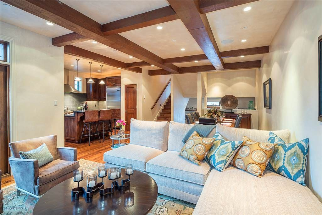 Telluride-Haven on South Oak-Living Angle