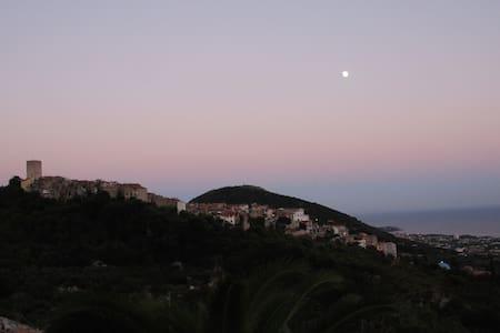 Appartamento in collina vista golfo - Formia - Apartment