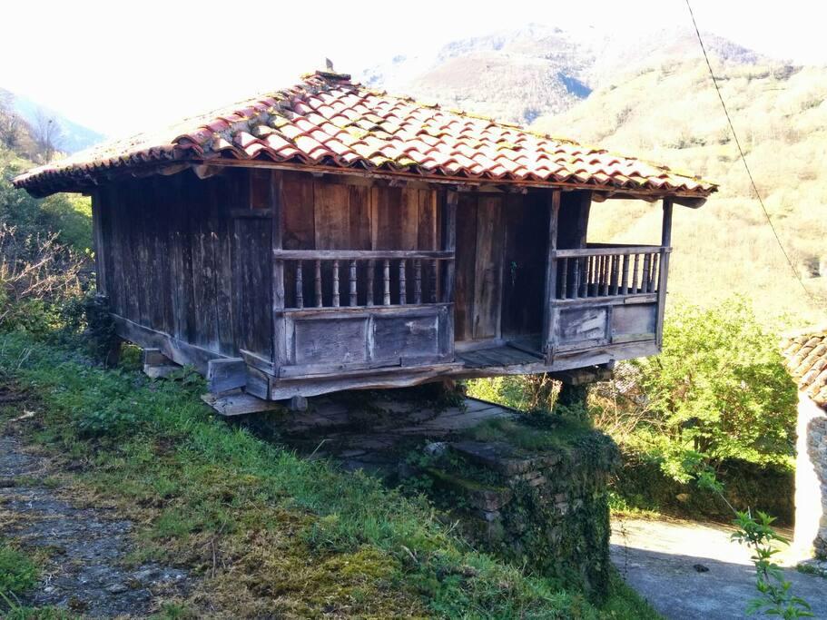 Casa tradicional asturiana maisons louer pig e a - Casa tradicional asturiana ...