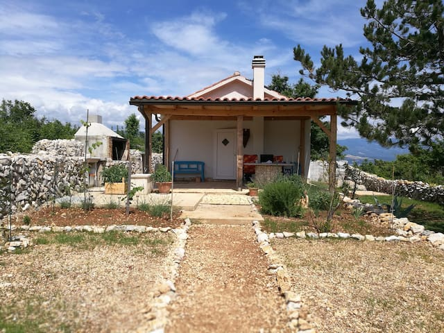 Rare find! Private beach Secluded Summer House Krk