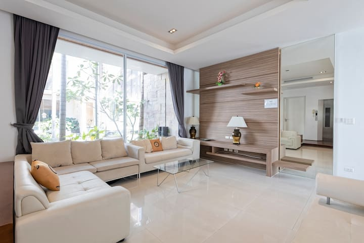 #1 Luxurious & Spacious 3 BR with Private Pool