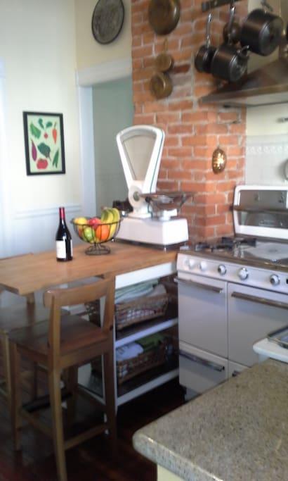 Kitchen 2 Old Wedgewood Stove