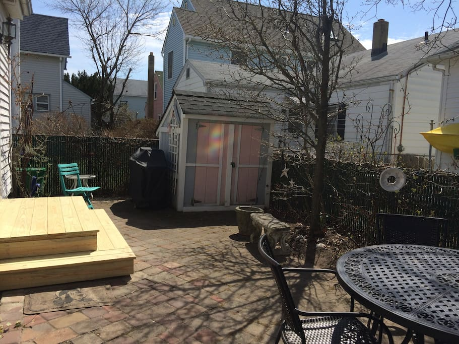 Rear patio and shed