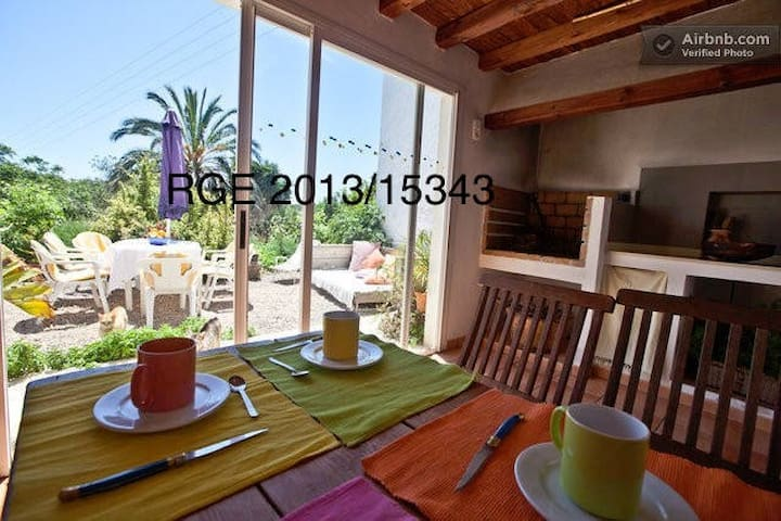 Rooms in typical Ibizan house (Dreta) - Ibiza - Huis
