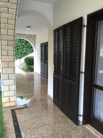Terrace im Erdgeschoss