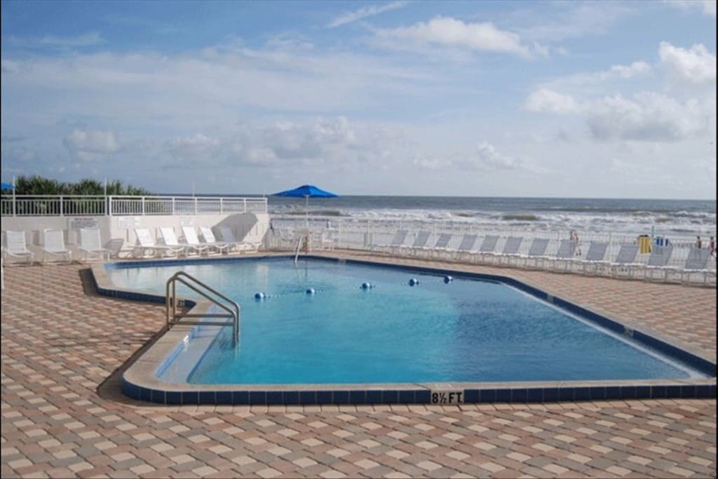 Oceanfront Condo On New Smyrna Beach Condominiums For Rent In New Smyrna Beach Florida