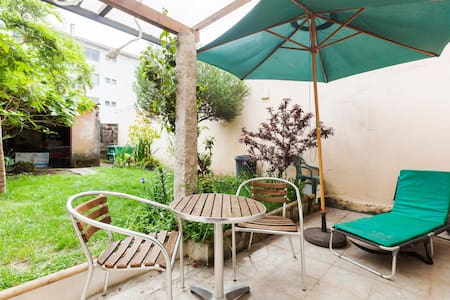 House with private garden 2 floors - Porto - Haus