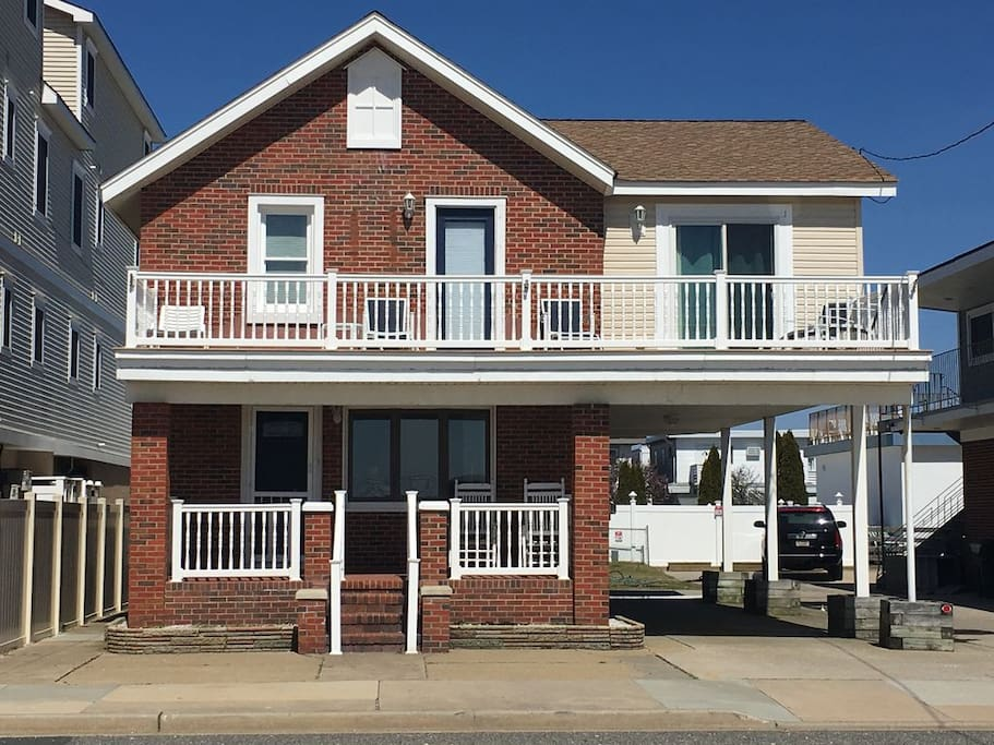 Quintessential beach house in the heart of Wildwood. Steps away from the beach