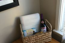 wine, guest book and snacks