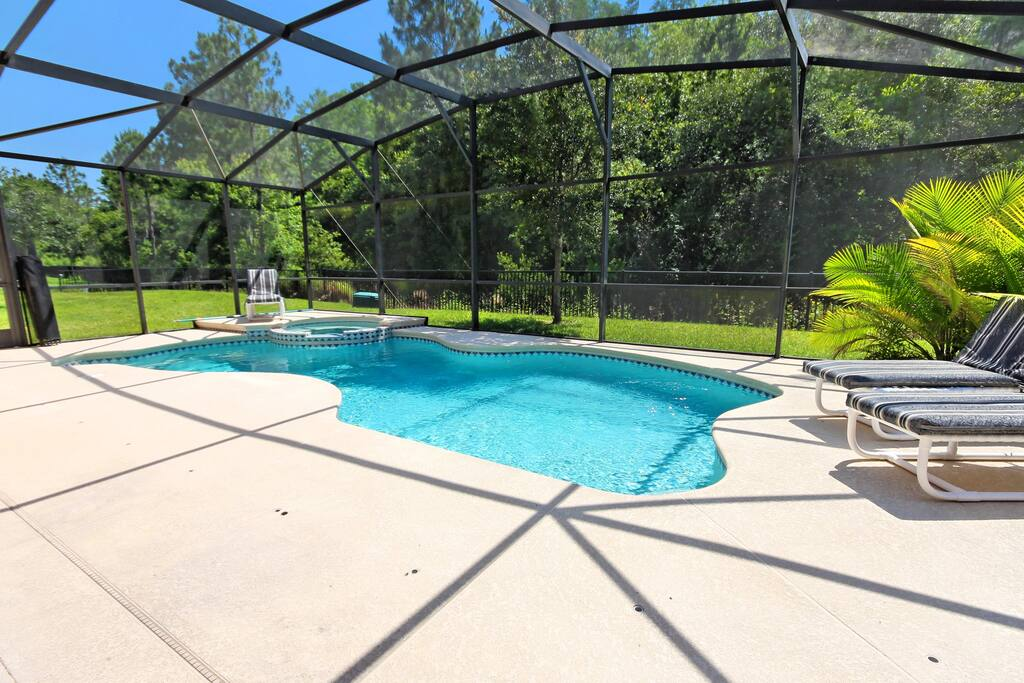 It's easy to spend the whole of your vacation ''slogging'' around the theme parks - but we recommend that you spend at least a day (or two) with your family in this enclosed pool area - making memories to cherish forever.