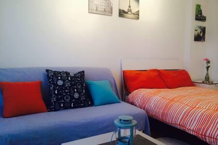 Modern apartment next to the beach - Appartamento