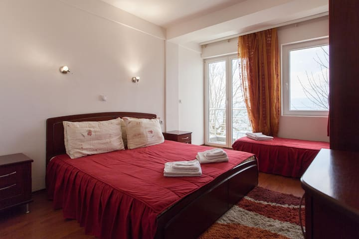 Saint Stefan - room for three - Sveti Stefan - Villa