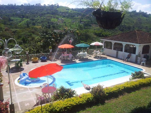 Finca en Silvania, Cudinamarca - Silvania - Cabana