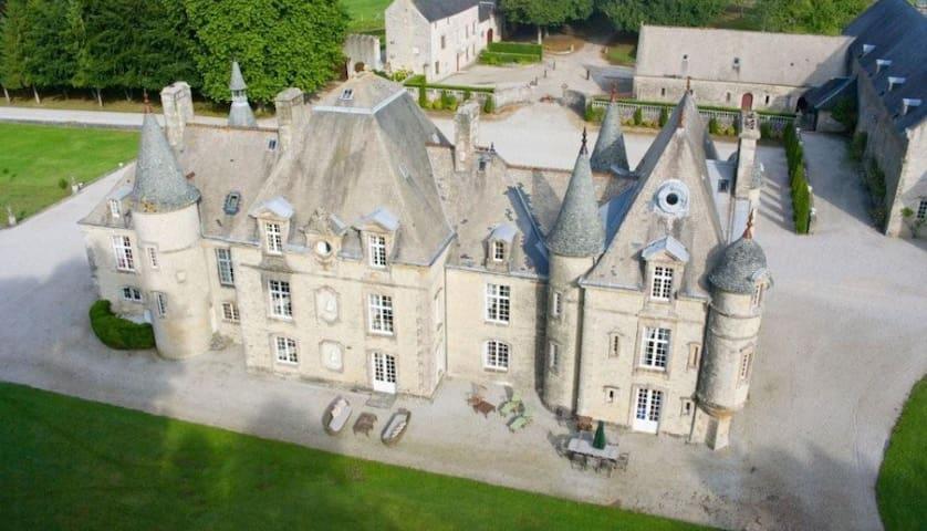 8 bd, castle, gardens, pool - Valognes - Villa