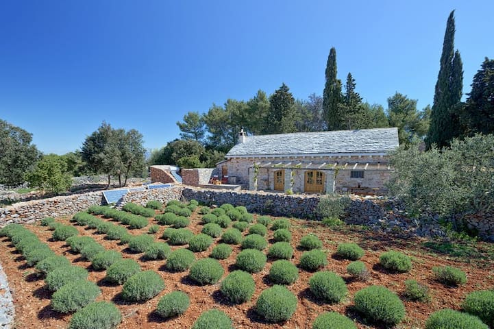 Vacation house in etno-eco village Humac - Jelsa