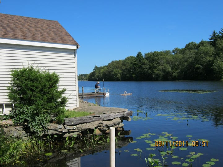 MODERN WATERFRONT COTTAGE*WIFI*NETFLIX*ROWBOAT!