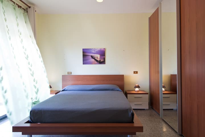 Beautiful room in villa with pool - Strugas