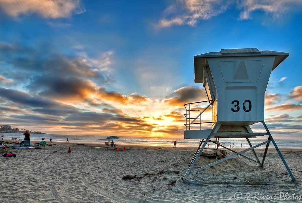 Family friendly and fun surf. La Jolla Shores is considered the most beautiful beach in San Diego with the softest white sand.  You will be 1 block away!