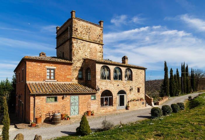 Il Leccio Tuscan Farmhouse - Montepulciano - Kasteel