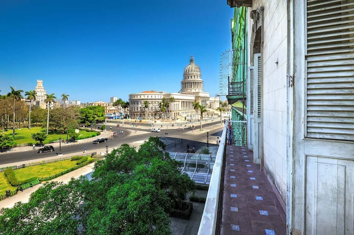 NATIONAL CAPITOL OF CUBA