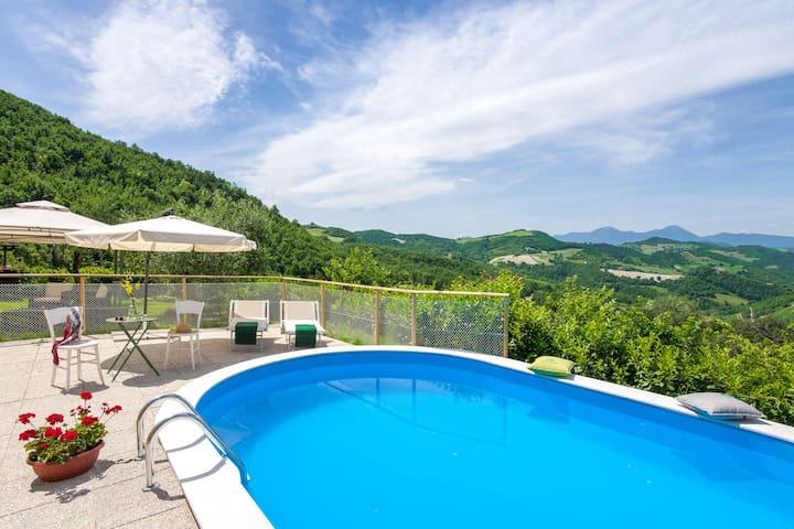Breathtaking Villa in Pergola with Private Swimming Pool