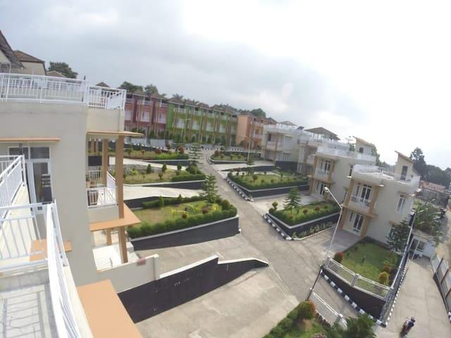 Villa Malak Luxury 4 Cisarua