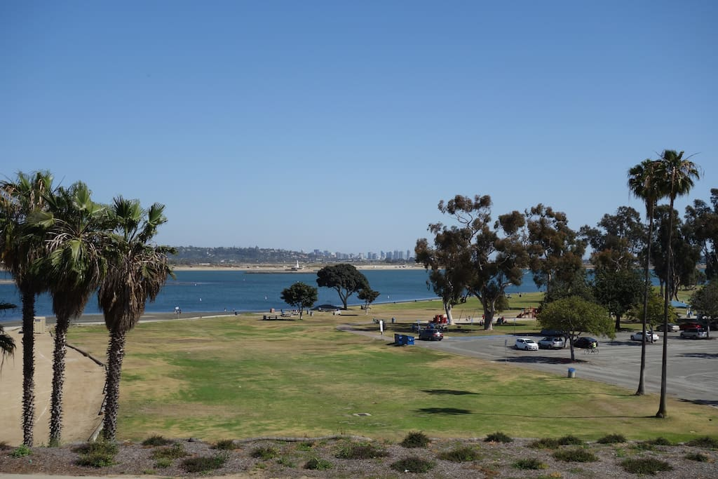 RIGHT On Bay Private Room AND Bath Condominiums For Rent In San Diego Cal