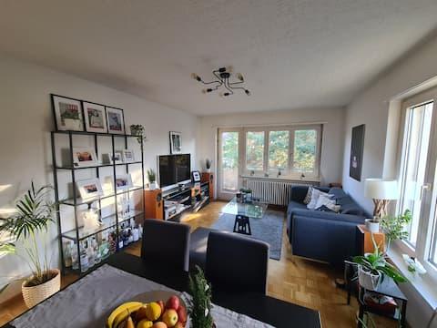 Comfy flat near Triemli city center and nature