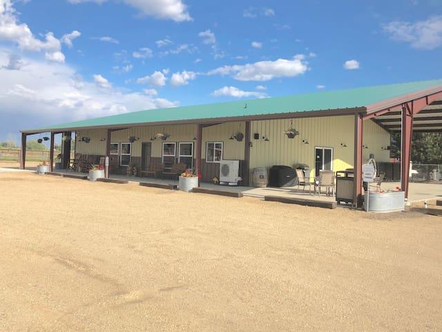 Dunn Rite Ranch Bunkhouse