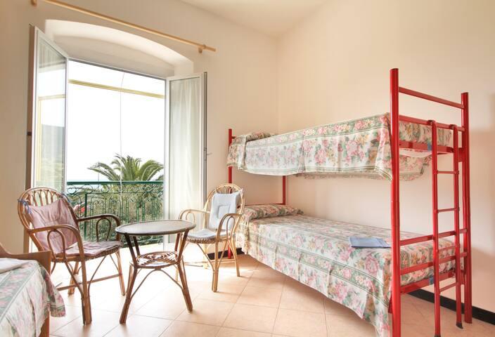 Casa Tullio 010037-LT-0014