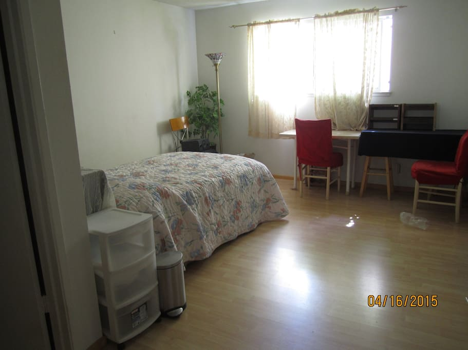 Master Bedroom With Private Bath Flats For Rent In San Jose California United States