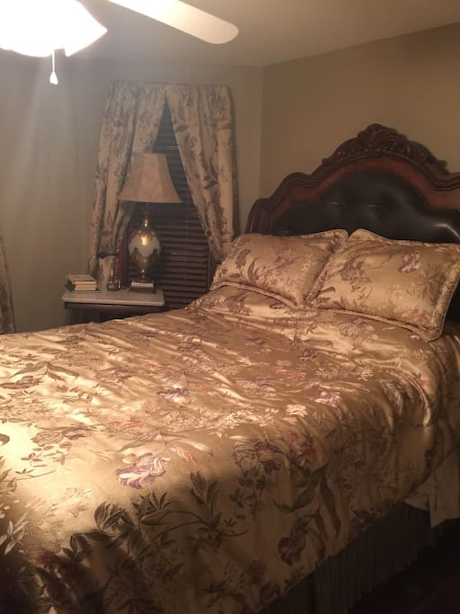 This is the main bedroom.