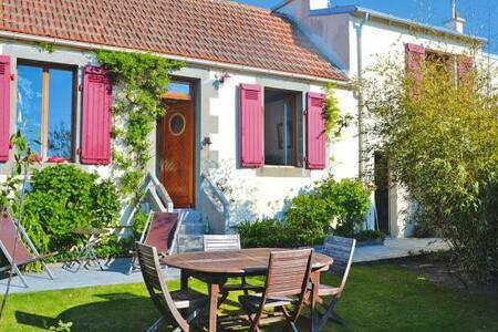 Belle maison de charme - Landunvez - Rumah