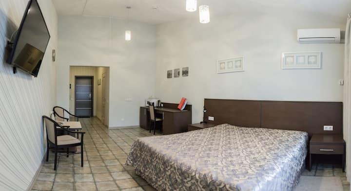 Двухместный стандарт с большой кроватью