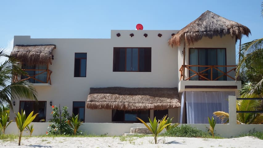 LA PUERTA AZUL Beautiful Beach Home - Holbox - Villa