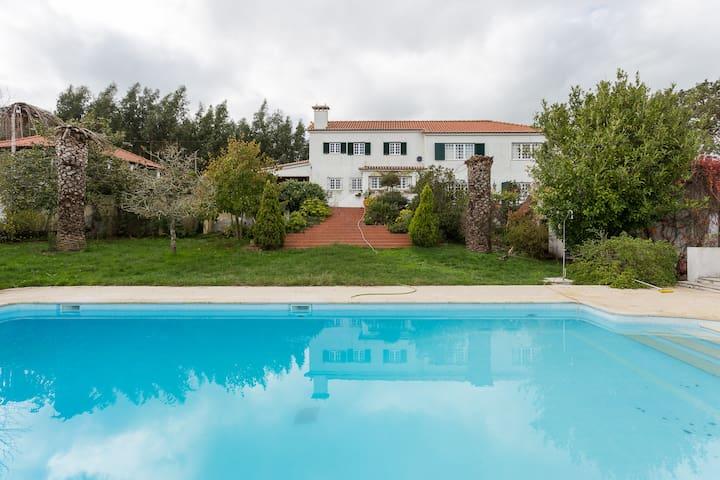 Tradicional e familiar Quinta, Mafra a 20km Lisboa - Mafra - Villa